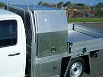 Ute with solid toolbox