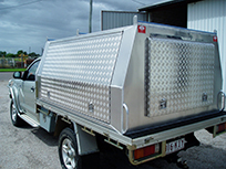 Ute with checker plate canopy