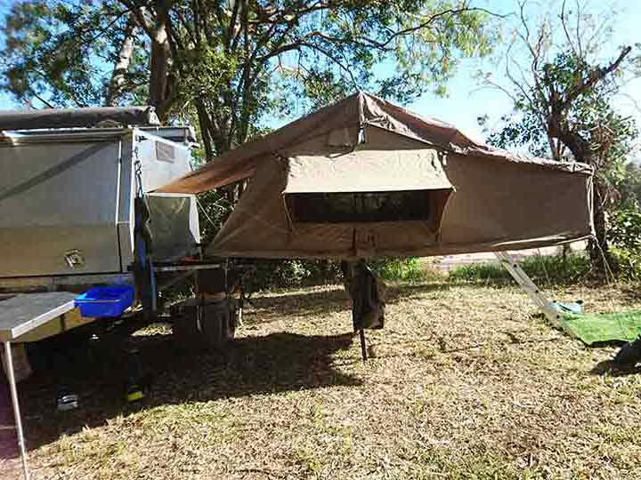 Pigibak campa frame with tent out