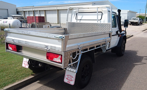 BT Alloy Welding aluminium trays and canopies for trucks